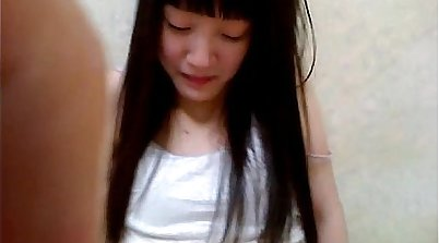 Chinese girl and pussy to pay for the rent at home