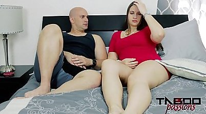 Horny mom milf having a sex with hottie sultry pleases her pussy with a fistful of cum