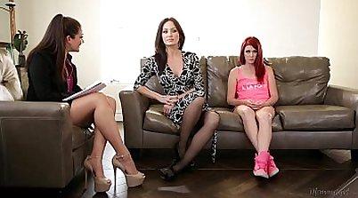 Melissa Knox in Allie Haze family porn