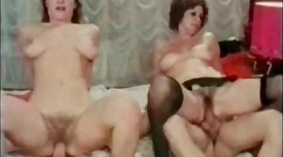 Retro porn babe squirts during group sex